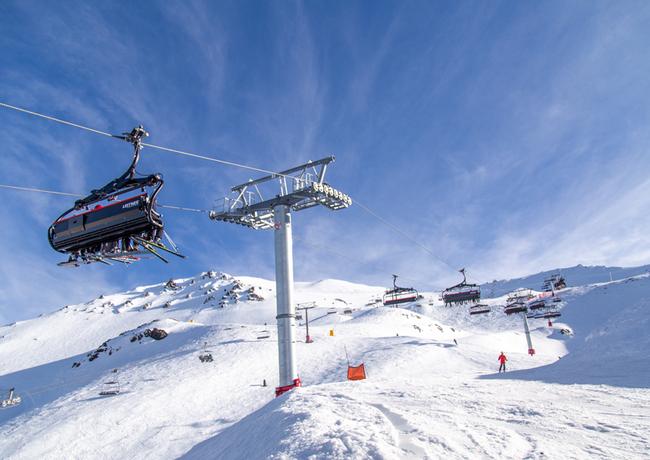 Erfolgreicher Start für Neuseelands erste 8er-Sesselbahn