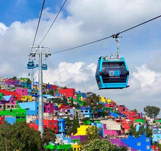 Kabinenbahn Cablebus 2 in Mexiko-Stadt nun in Betrieb