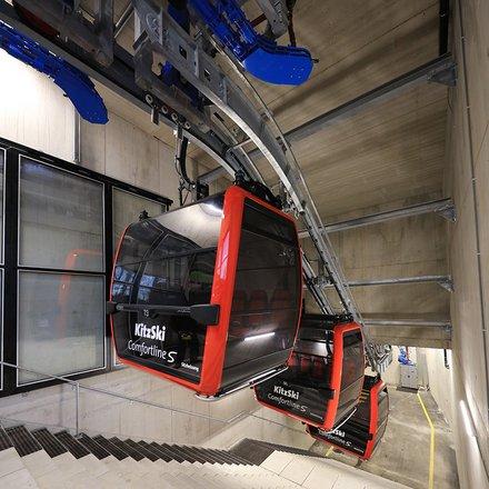 LEITNER garaging system