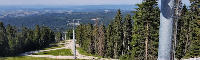 Triple ropeway boom in South-Eastern Europe