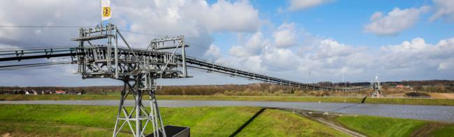 Con il FlyingBelt 500 tonnellate all'ora sorvolano il fiume Lippe